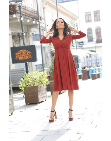 Splendid scarlet maternity cocktail dress